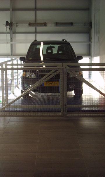 Onze autolift biedt de juiste combinatie van kostenbesparing, efficiency en comfort